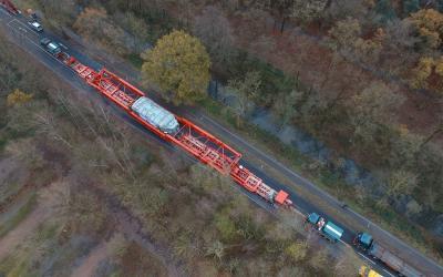 Taking 1,000 tonnes over seven bridges