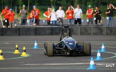 KA-RaceIng: full speed ahead with electric racing cars