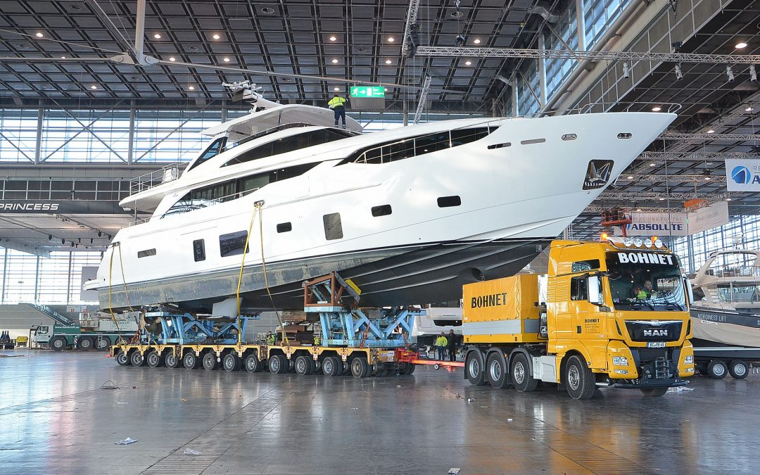 "Big fair guest: a 31-metre ""princess"""